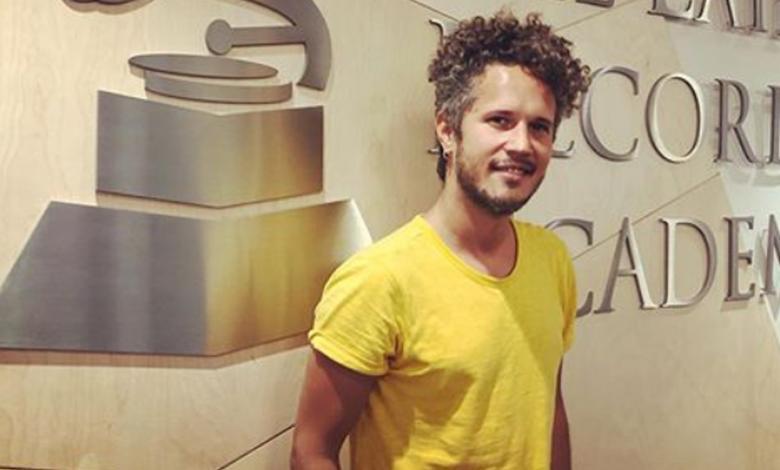 El cantante estrenó un nuevo proyecto musical que se suma a su larga trayectoria.