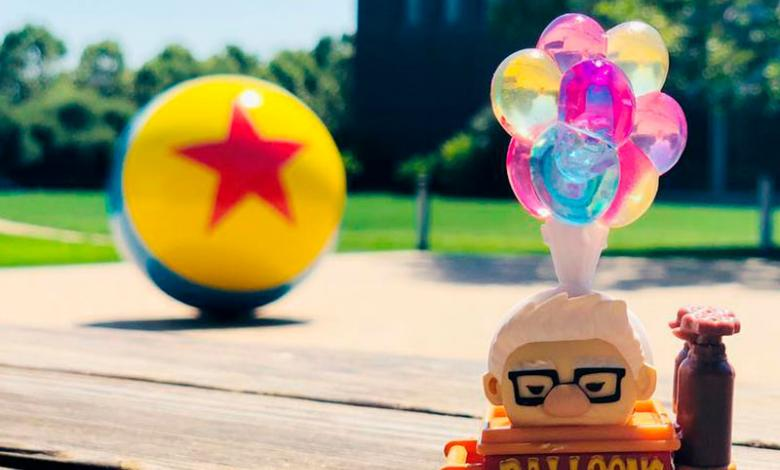 Pelota de Toy Story y los globos de up