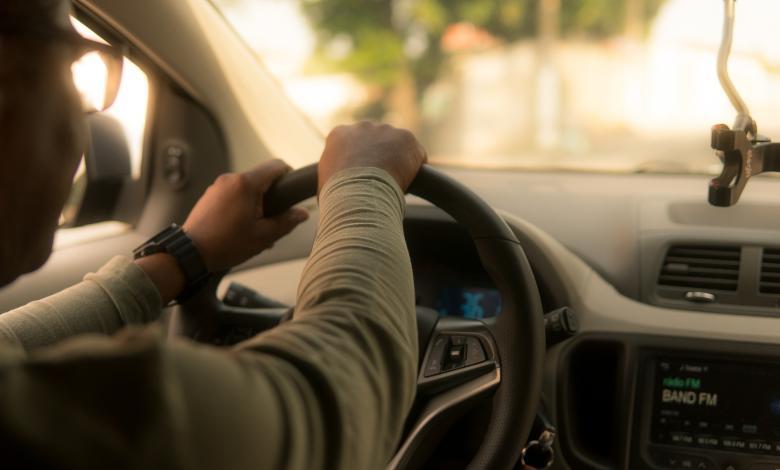 Infidelidad sobre ruedas en El Cartel - Septiembre 30