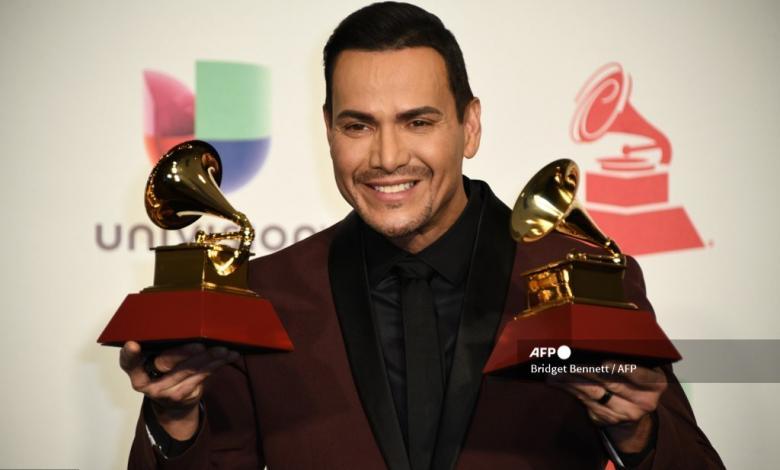 Víctor Manuelle en los Latin Grammy