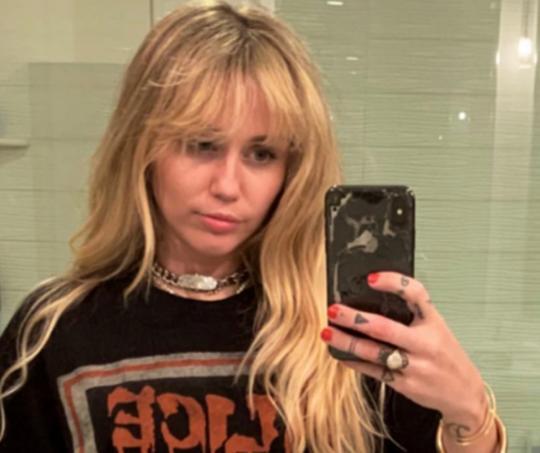 La cantante revivió al emblemático personaje con una serie de videos y un cambio de look.