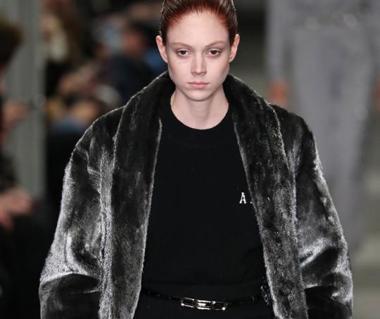 Natalie Westling, modelo y musa de Chanel, se declara transgénero
