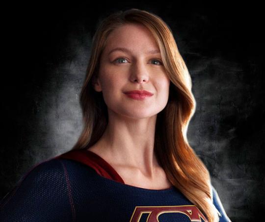 Melissa Benoist interpreta a Supergirl