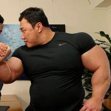 Je-yong Ha, el 'Hulk' surcoreano