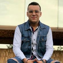 El cantante participó en el video de la cuenta 'El parche' y se burlaron de los amigos mantenidos.