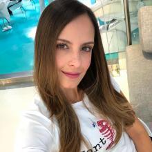 Laura Acuña está afectada por la muerte de Jota Mario Valencia