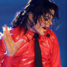 Michael Jackson, musico estadounidense (Fallecido).