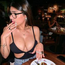 Mía Khalifa se retiró del porno