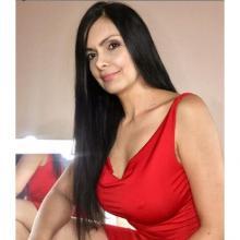 Marcela Posada enseña sus curvas