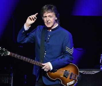 Paul McCartney vuelve a cruzar por Abbey Road