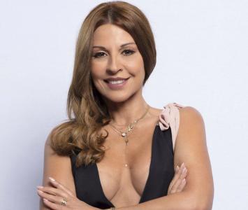 Amparo Grisales (62 años)