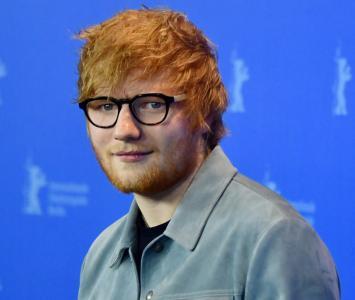 El cantante anunció los temas y músicos que integran este disco.
