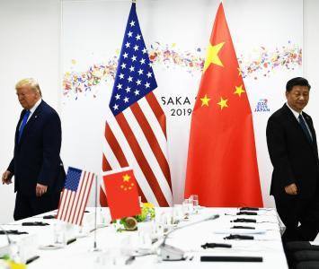 El presidente de Estados Unidos, Donald Trump, junto a su homólogo chino, Xi Jinping, en Osaka (Japón)