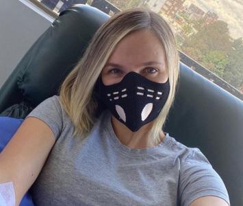 Elizabeth Loaiza durante una quimioterapia