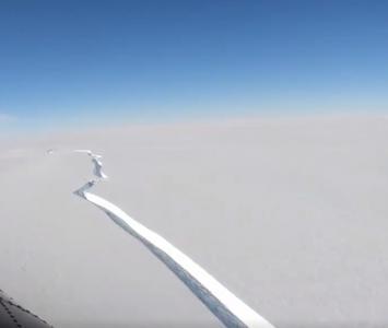 Iceberg en Antártida se desprendió
