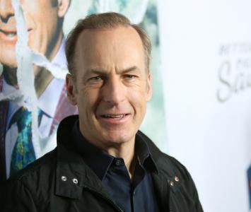 Actor Bob Odenkirk se desplomó en grabaciones