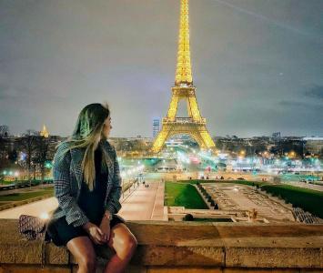 Daniela Ospina en Paris