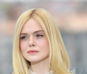 Elle Fanning es una reconocida actriz