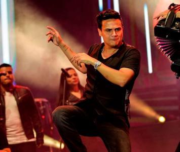 Silvestre Dangond en un show
