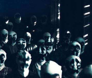 Hombres con máscara de Rorschach