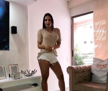 Andrea Valdiri es muy popular en Instagram