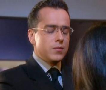 Armando Mendoza es interpretado por Jorge Enrique Abello