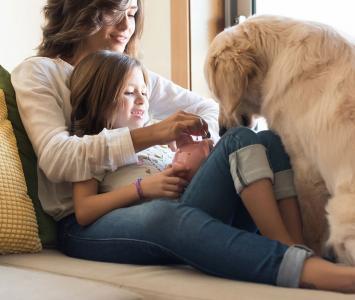 Perro con una familia