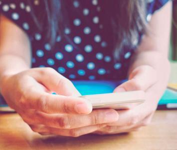 Usuaria de celular