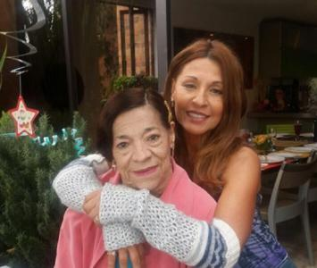 Amparo Grisales y su madre Delia Patiño