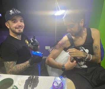 Tripas se tatuó en El Cartel algo paranormal