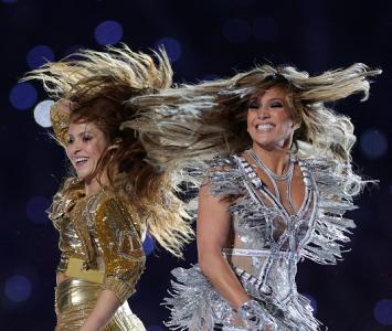 Shakira y Jennifer López en el Super Bowl 2020