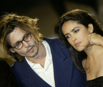 Johnny Depp y Salma Hayek