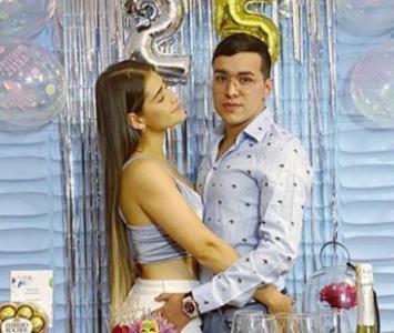 Yeison Jimenez y su esposa