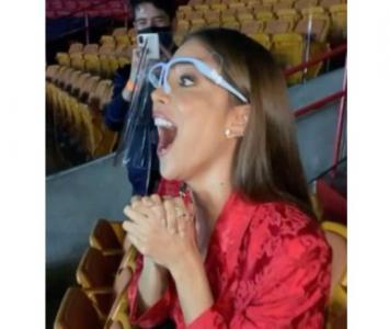 Greeicy emocionada al ver a Mike Bahía ganar el Grammy