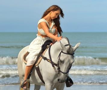 Paola Jara -  No me preguntes - Video oficial